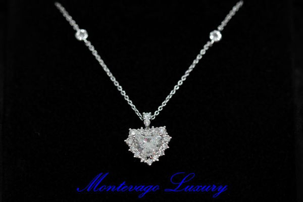 Picture of COLLANA CON CUORE DI DIAMANTI 1,72 CT