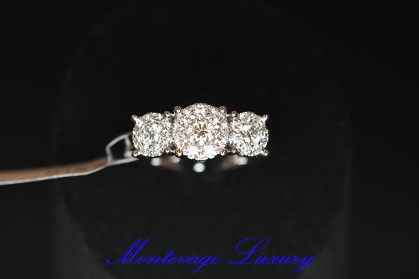 Picture of ANELLO EFFETTO TRILOGY 0.90 CT